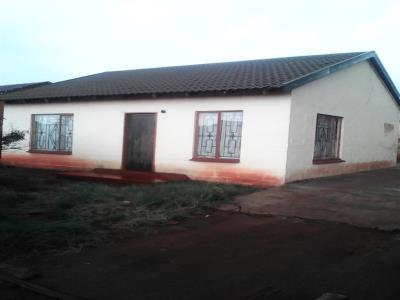 2 Bedroom House for Sale in Sebokeng Zone 17, Sebokeng - Gauteng